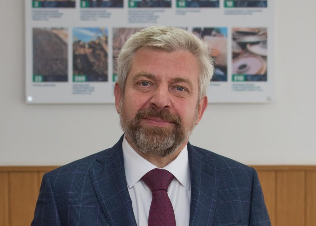 Валентин Макаренко, Интерпайп Втормет