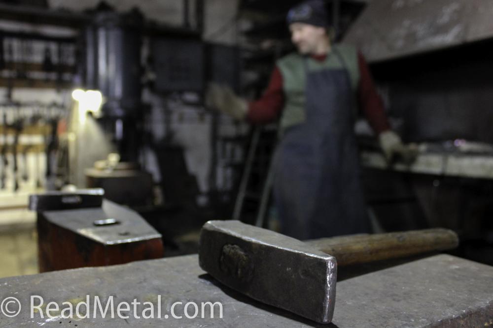 Ручник (основной молоток) кузнеца - кузня Артини Кривой Рог